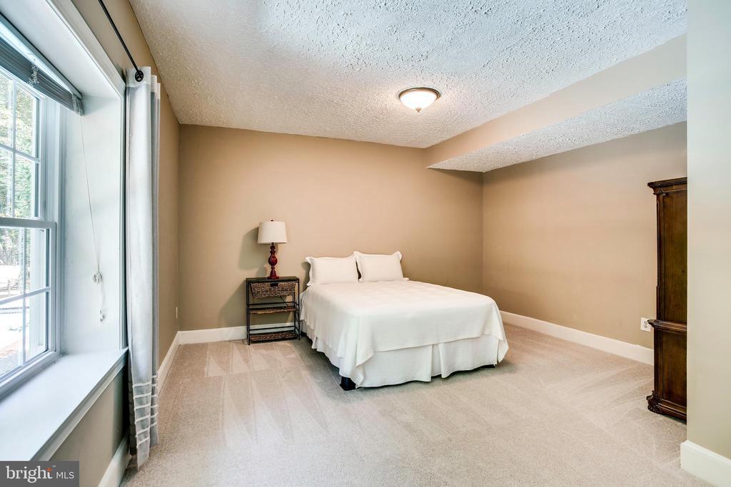 Lower Level bedroom 5 - 1298 STAMFORD WAY, RESTON