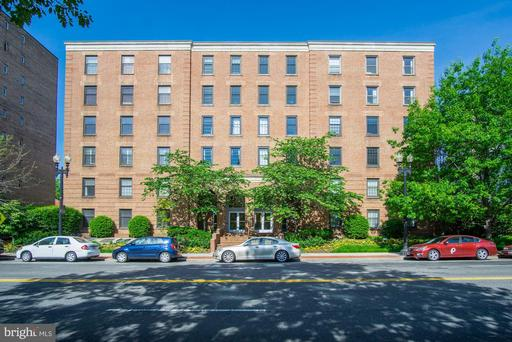 2828 WISCONSIN AVE NW #301