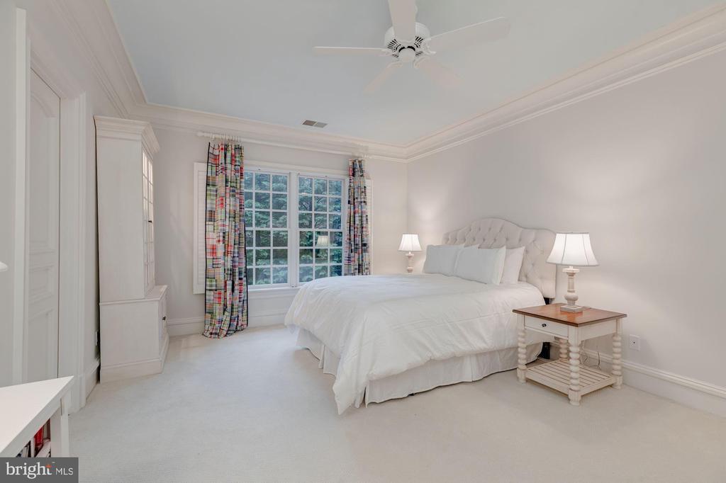 Bedroom 4 - 916 MACKALL AVE, MCLEAN