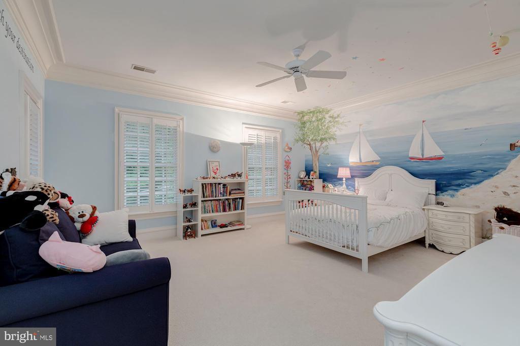 Bedroom 3 - 916 MACKALL AVE, MCLEAN