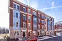 - 11696 SUNRISE SQUARE PL #18, RESTON