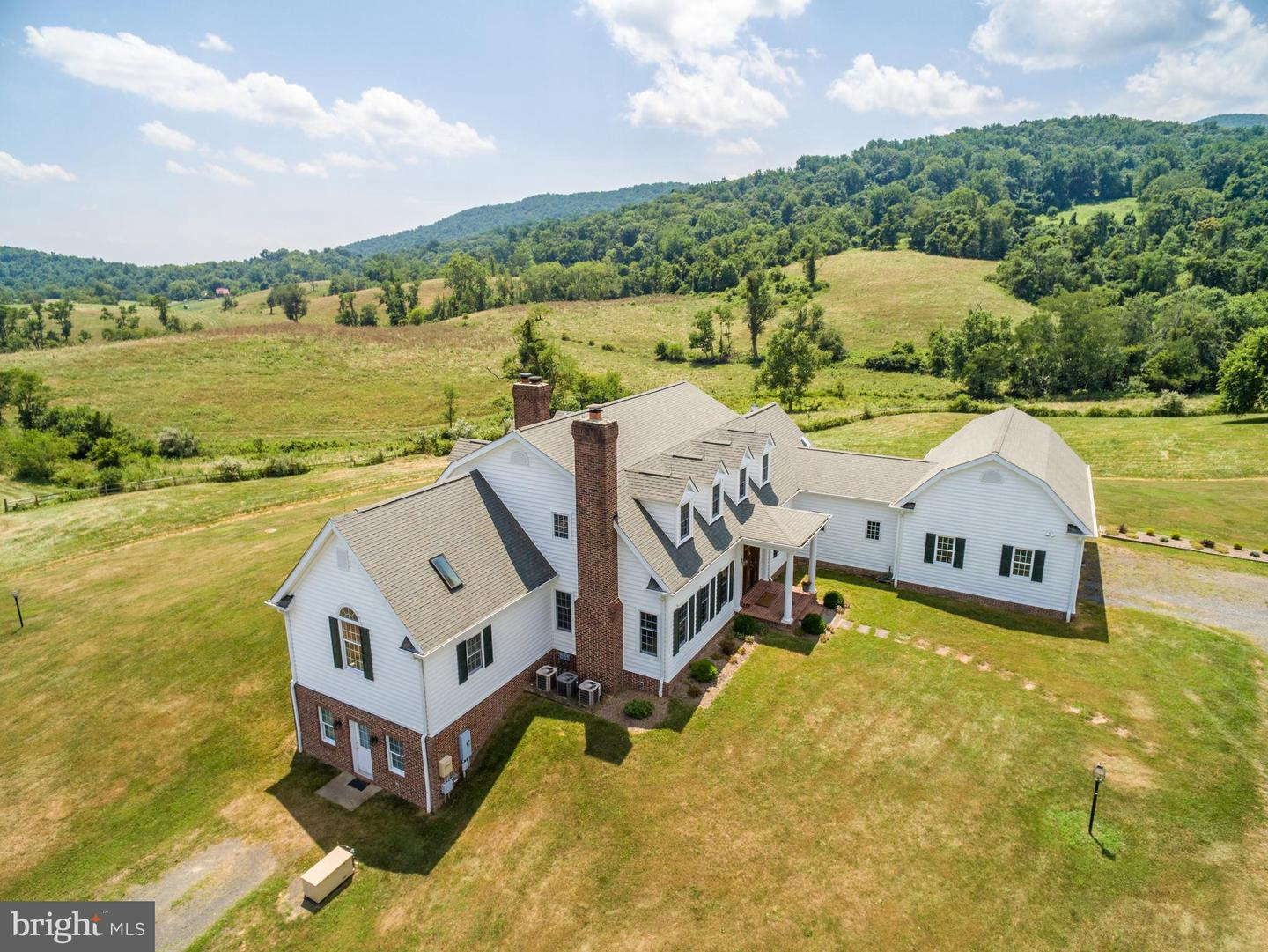Single Family Homes for Sale at Markham, Virginia 22643 United States