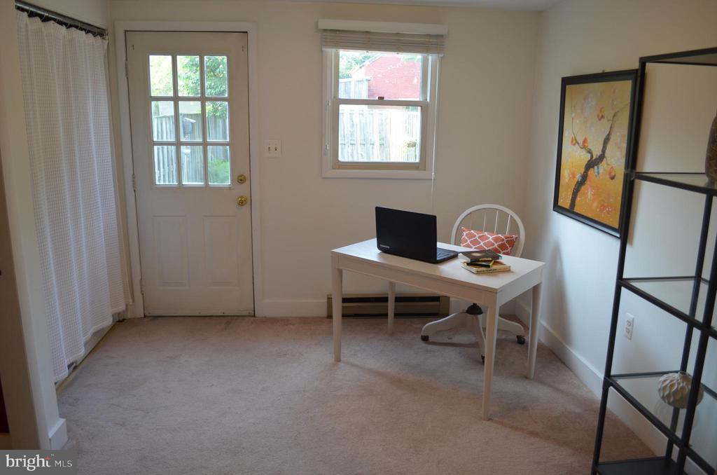 Main level office/rec room leads to back yard - 235 W 5TH ST, FREDERICK