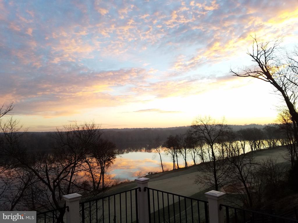 Wake up to this view! - 43552 TUCKAWAY PL, LEESBURG