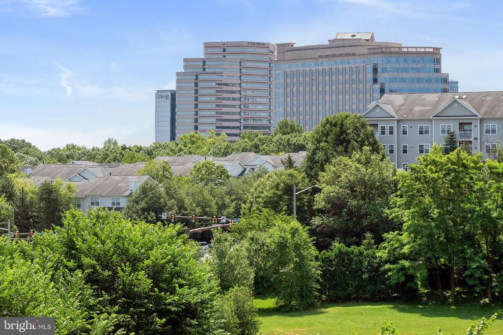 View from unit - 8220 CRESTWOOD HEIGHTS DR #514, MCLEAN