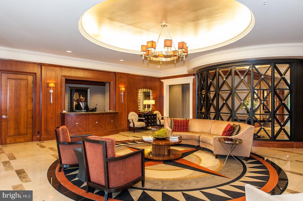 Lobby, 24 hour Concierge - 8220 CRESTWOOD HEIGHTS DR #514, MCLEAN