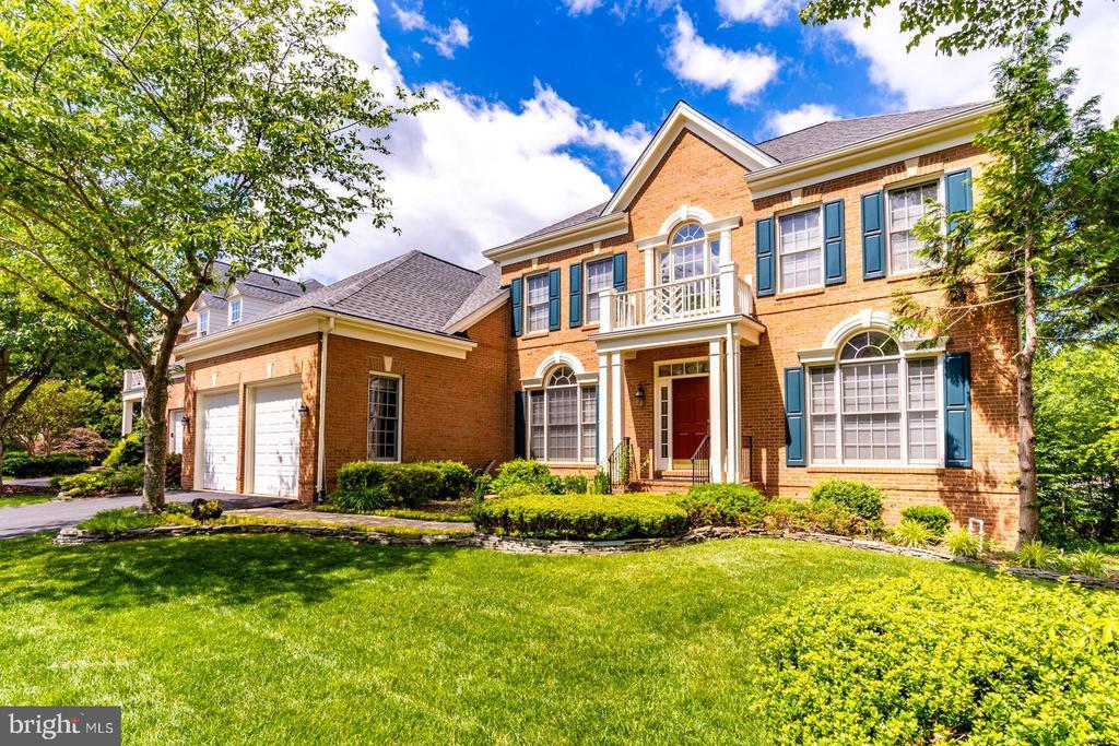 3815  DANIELS RUN COURT, Fairfax, Virginia