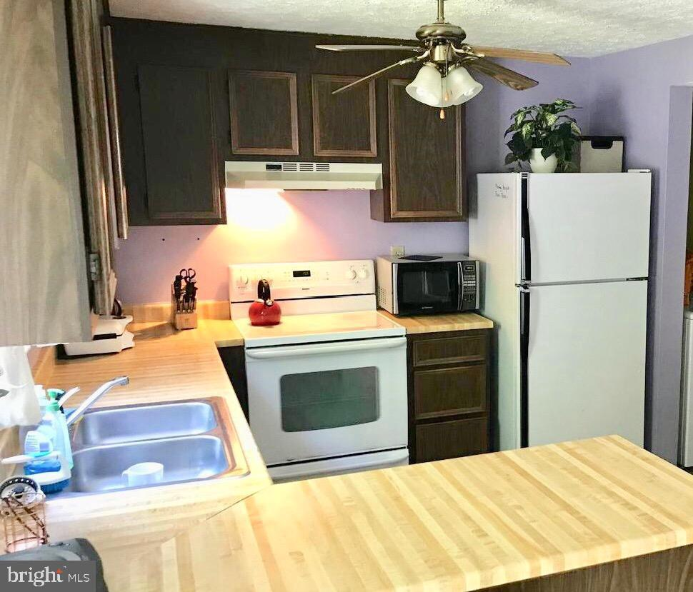 Kitchen (Angle II) - 8173 WILLOWDALE CT, SPRINGFIELD