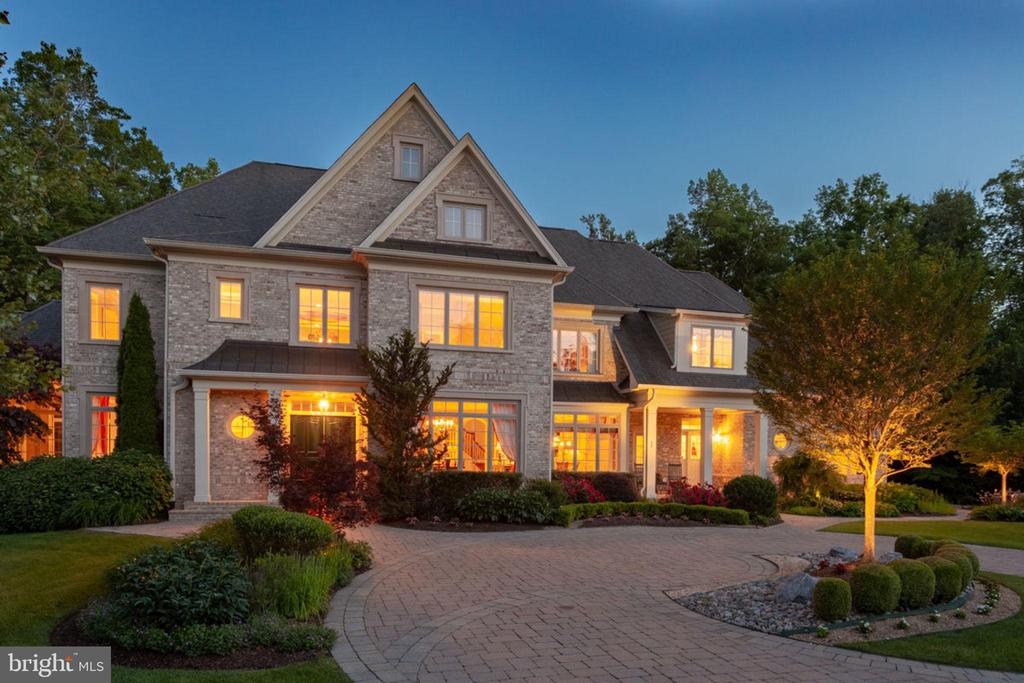 Impressive Inside and Out! - 40947 GRENATA PRESERVE PL, LEESBURG