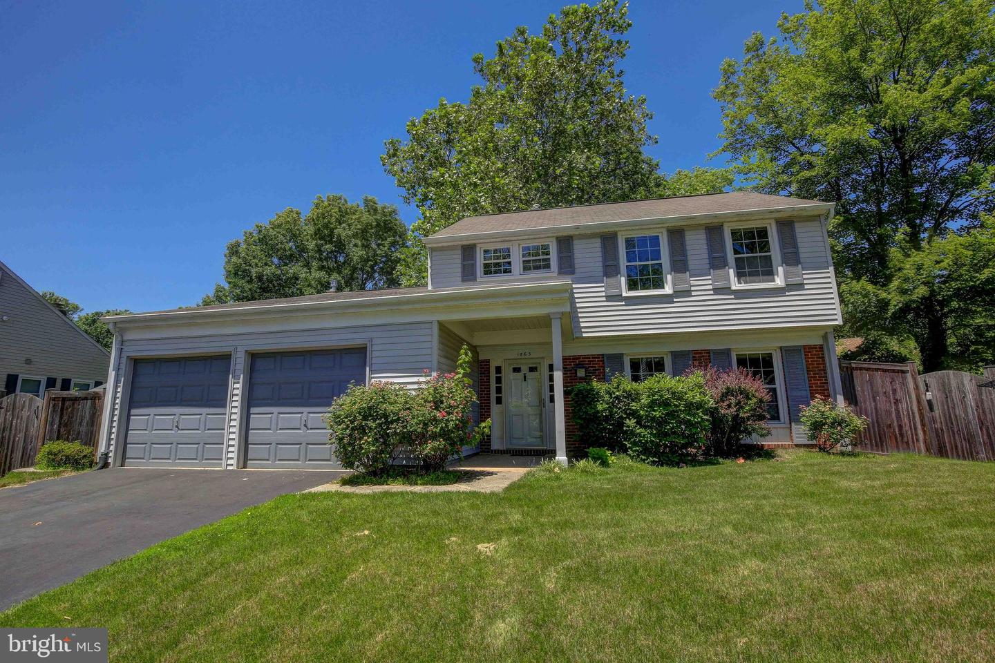 Single Family for Sale at 1863 Harcourt Ave Crofton, Maryland 21114 United States