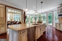Large Center Island w/ Granite Counters - 40947 GRENATA PRESERVE PL, LEESBURG