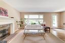 Living - 6106 CLEARBROOK DR, SPRINGFIELD