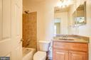 Bedroom 2 Full Bathroom - 15530 GERMANTOWN RD, GERMANTOWN