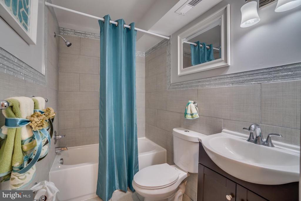 Full Bath Basement - 5356 E ST SE, WASHINGTON
