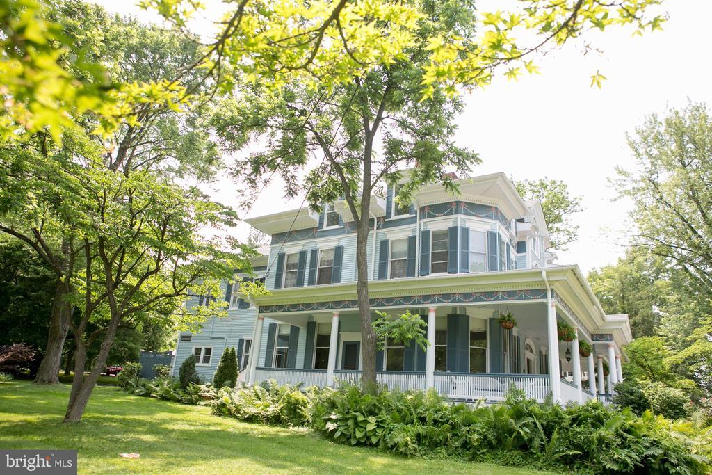 Magnificent renovated circa 1897 mansion - 3521 BUCKEYSTOWN PIKE, BUCKEYSTOWN