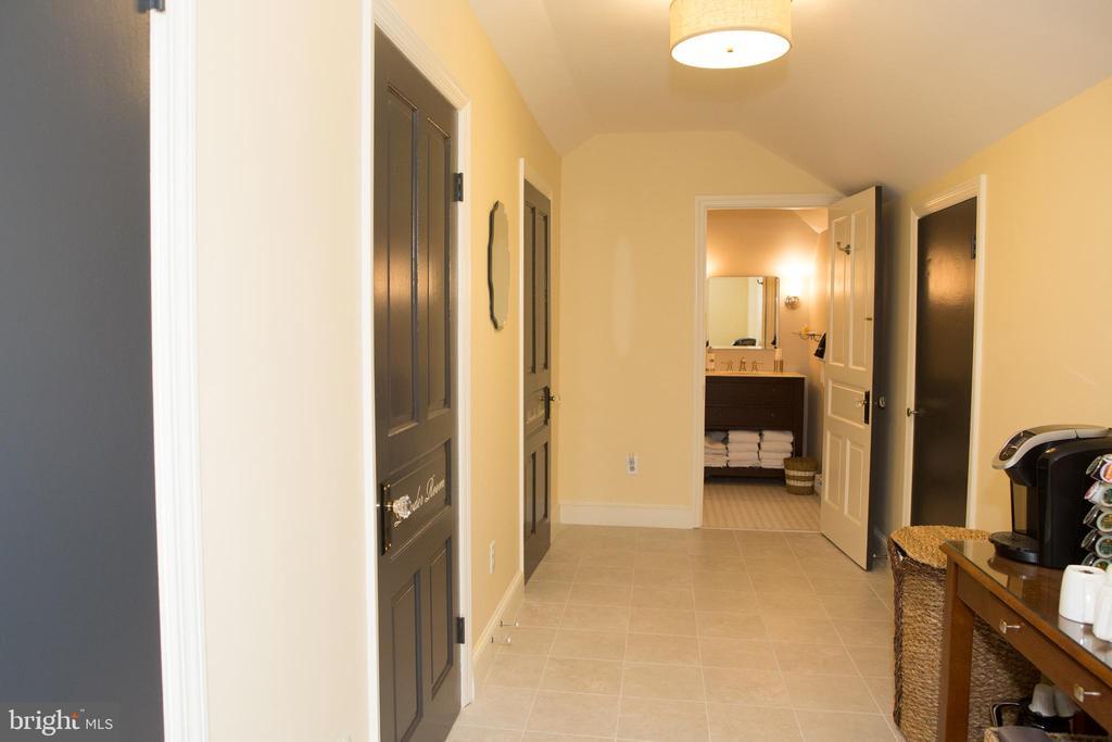 3rd Floor hallway - 3521 BUCKEYSTOWN PIKE, BUCKEYSTOWN