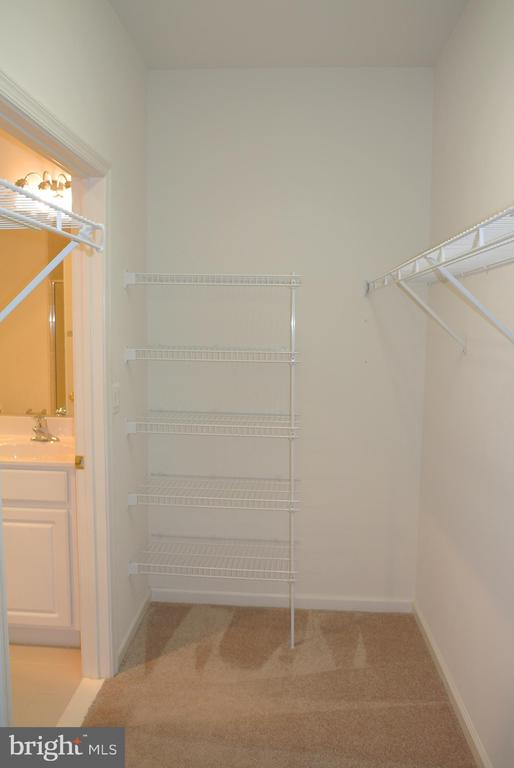 Master Walk in closet - 96 HARBORTON LN, FREDERICKSBURG