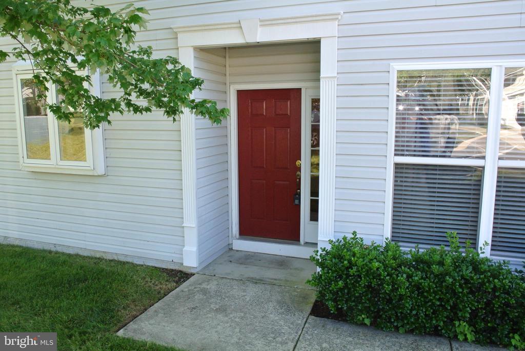 Front door - 96 HARBORTON LN, FREDERICKSBURG