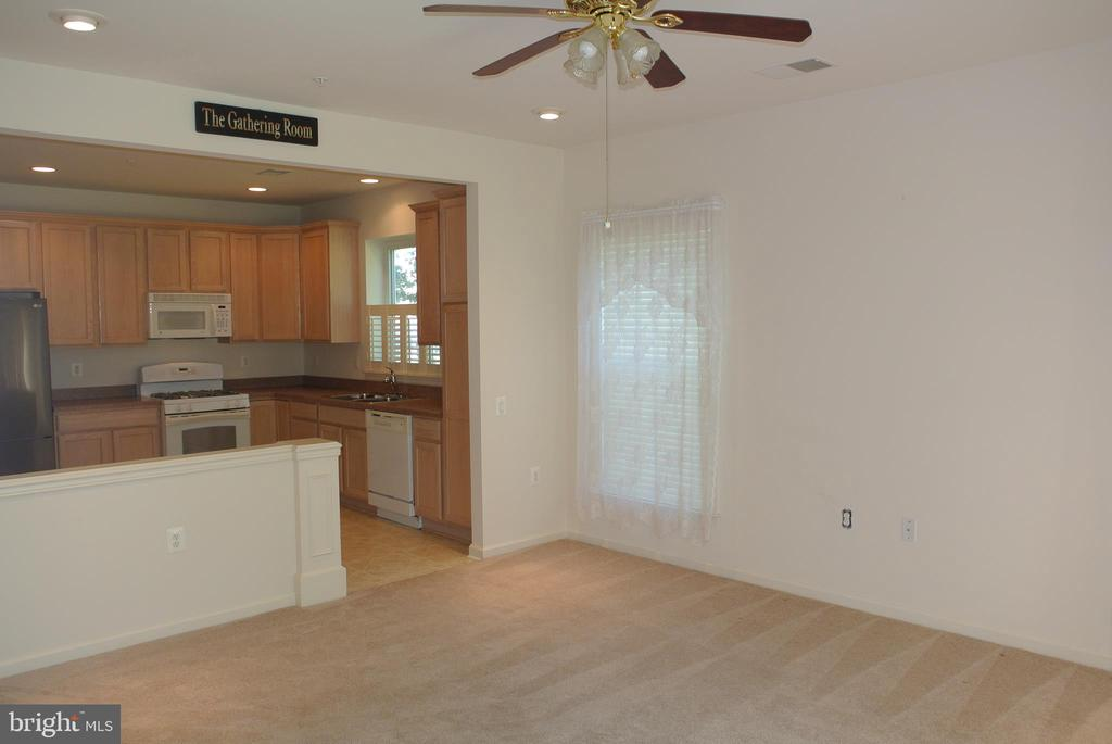 Living room to kitchen - 96 HARBORTON LN, FREDERICKSBURG