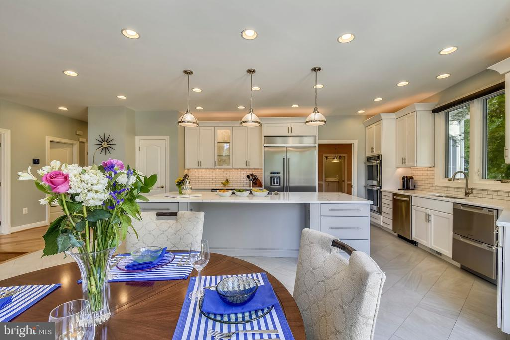 Open and Bright - 43483 FIRESTONE PL, LEESBURG