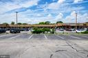 Shopping center just 1/2 mile away - 9587 BRONTE DR, BURKE