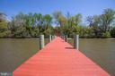 Just walking the dock is a getaway in itself! - 21 AQUIA CREST LN, STAFFORD
