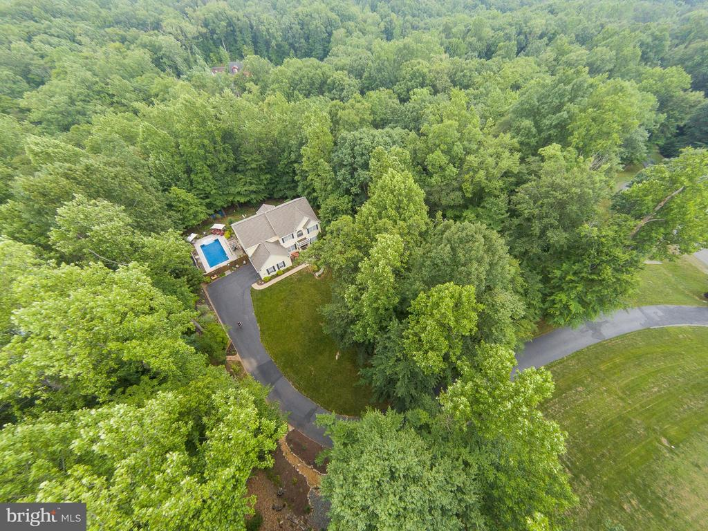 Did you say private? - 25 SMITH LAKE DR, STAFFORD