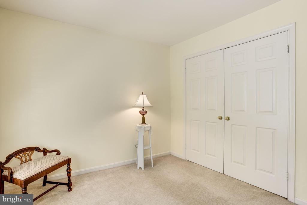 Bedroom 2 - 21099 RAINTREE CT, ASHBURN