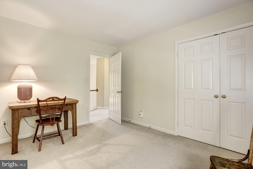 Bedroom 1 - 21099 RAINTREE CT, ASHBURN