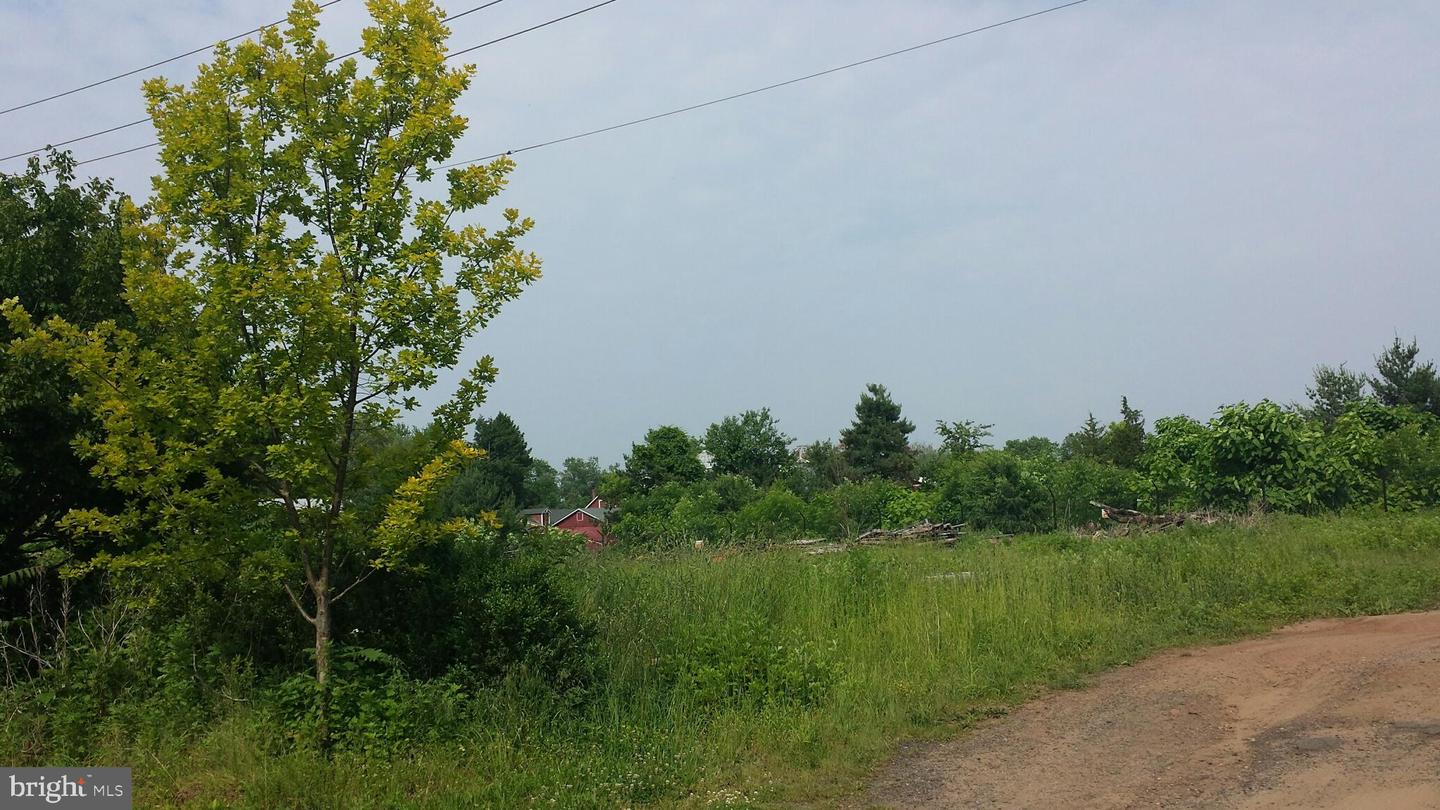 Additional photo for property listing at  Somerset, 新澤西州 08873 美國