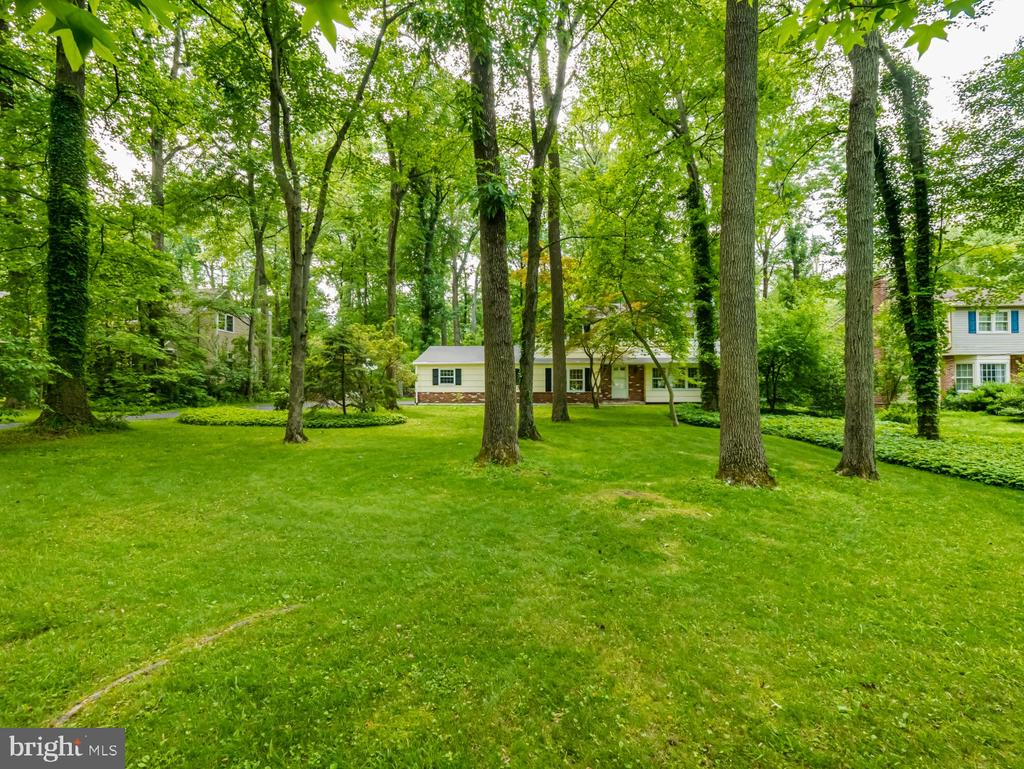 11  SOUTH DRIVE 19067 - One of Yardley Homes for Sale