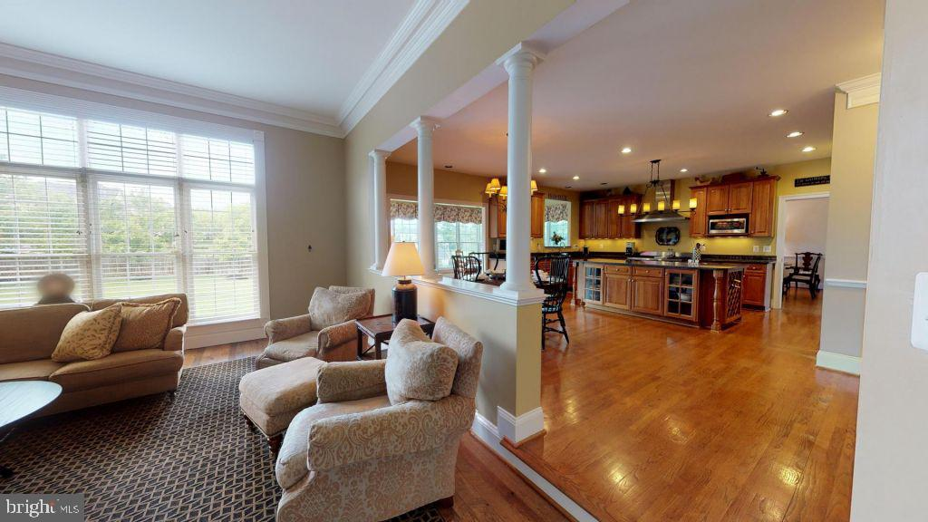 - 43078 LAGO GALLERIE CT, ASHBURN