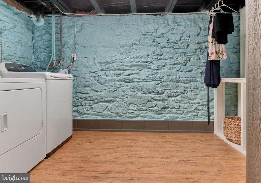 Laundry Room - 6823 BUCKINGHAM LN, BUCKEYSTOWN