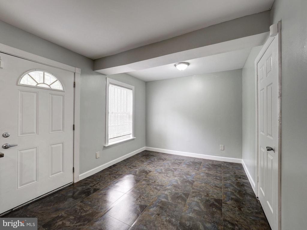 Kitchen floor - 5108 D ST SE, WASHINGTON