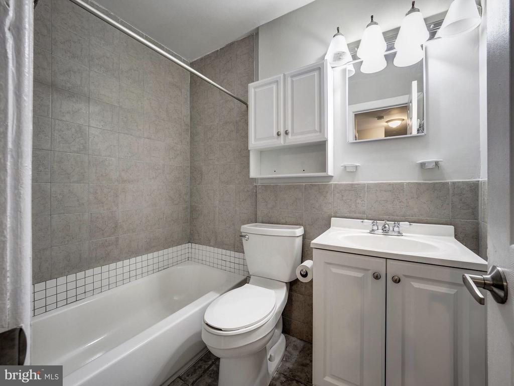 Upstairs Bath Room - 5108 D ST SE, WASHINGTON