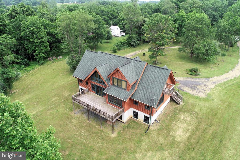 Aerial view of main house and guest house - 34876 PAXSON RD, ROUND HILL