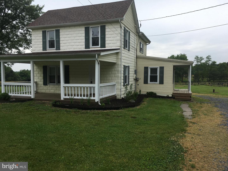 Single Family Homes 为 销售 在 Kearneysville, 西弗吉尼亚州 25430 美国