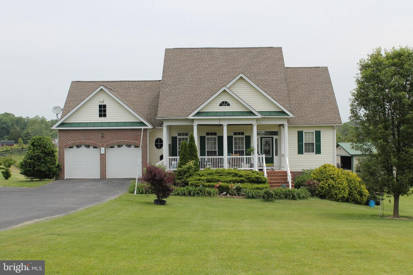 Single Family for Sale at 551 N Buckton Rd 551 N Buckton Rd Middletown, Virginia 22645 United States