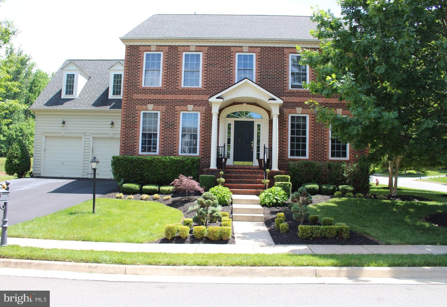other residential homes for Rent at 20990 Hooded Crow Dr Leesburg, Virginia 20175 United States