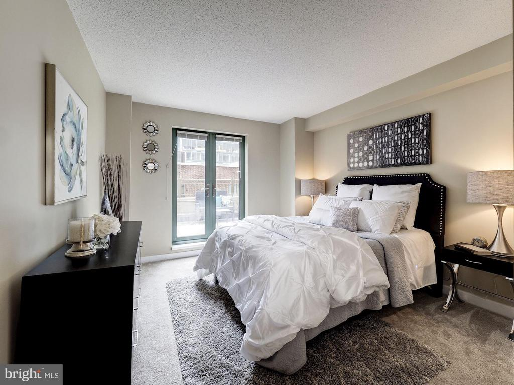 East facing primary  suite with private balcony - 1150 K ST NW #309, WASHINGTON