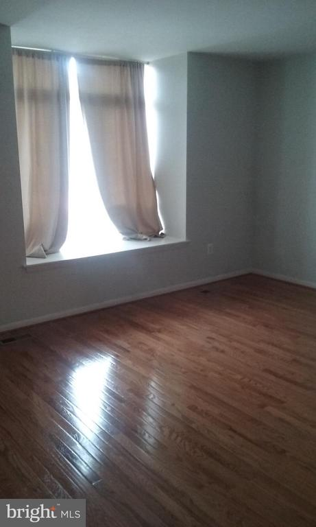 Master bedroom - 1671 S HAYES ST #B, ARLINGTON