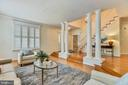 Architectural Columns to Step Down Living Rm - 20985 NIGHTSHADE PL, ASHBURN