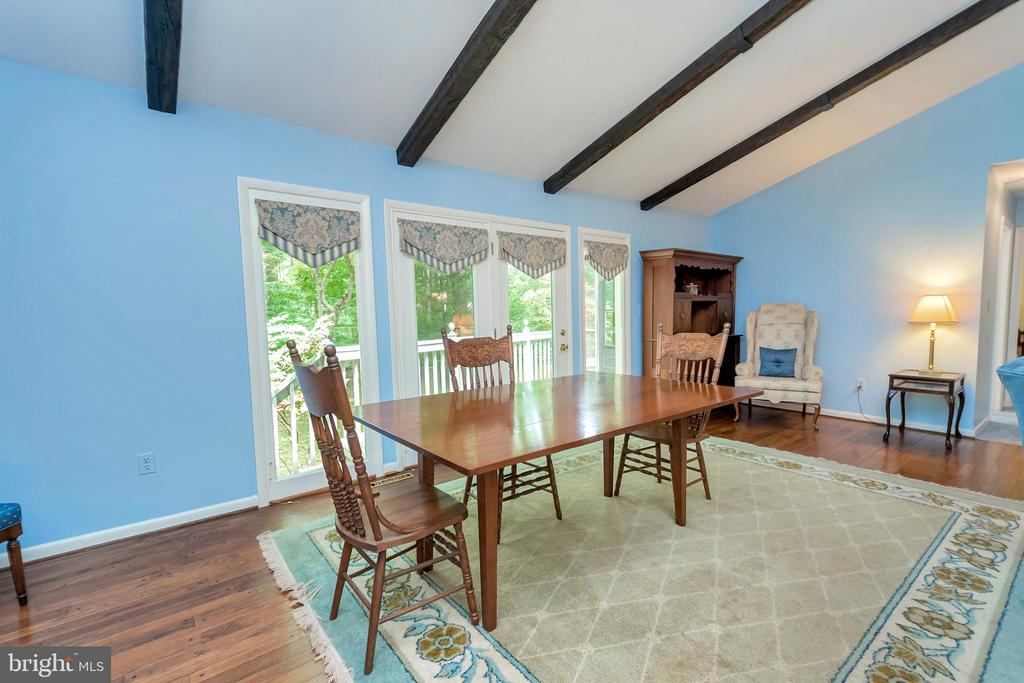 Dining with views over the deck - 203 MUSKET LN, LOCUST GROVE