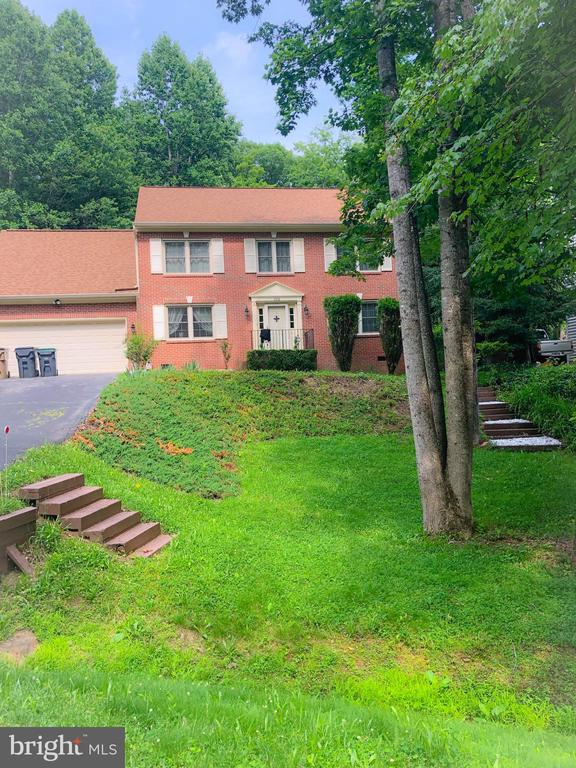 - 2316 HARPOON DR, STAFFORD