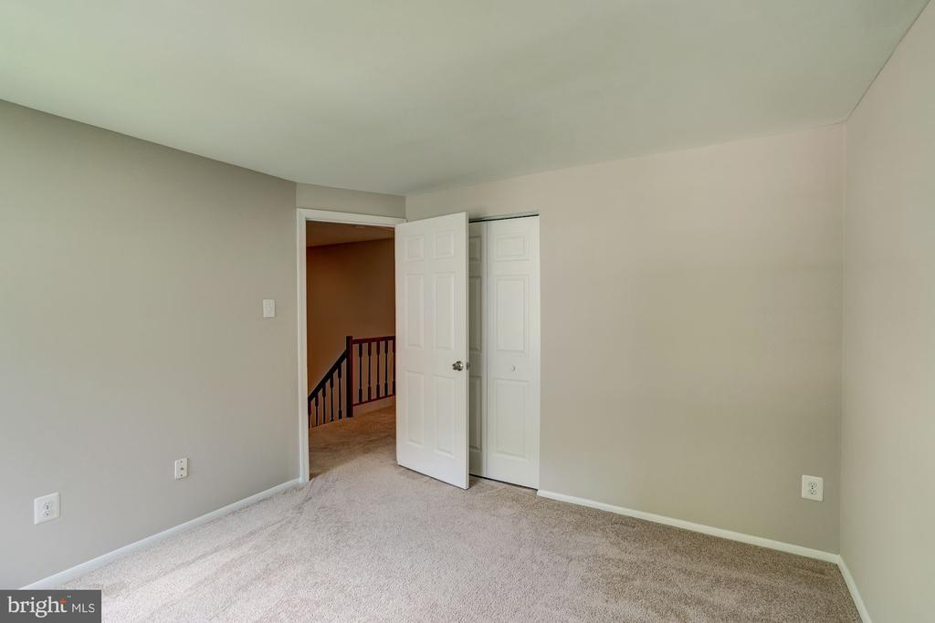 Second Bedroom with Closet - 11712 MOSSY CREEK LN, RESTON