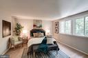 - 11712 MOSSY CREEK LN, RESTON