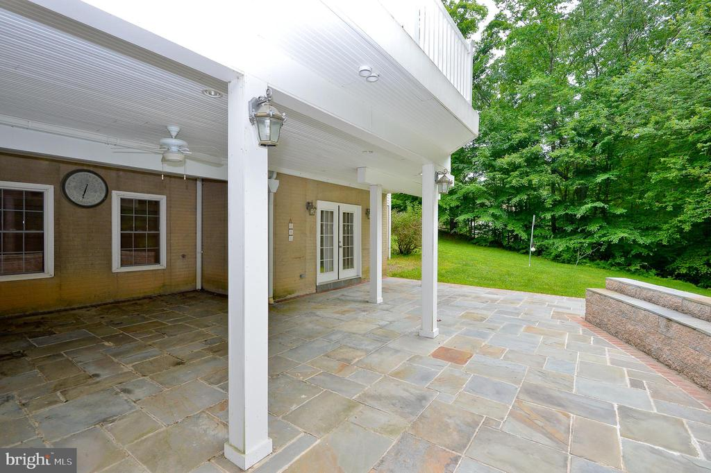 paver slate patio - 4560 FOREST DR, FAIRFAX