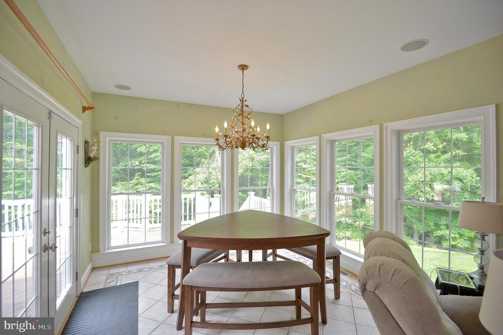 lots of light and windows for private view of back - 4560 FOREST DR, FAIRFAX