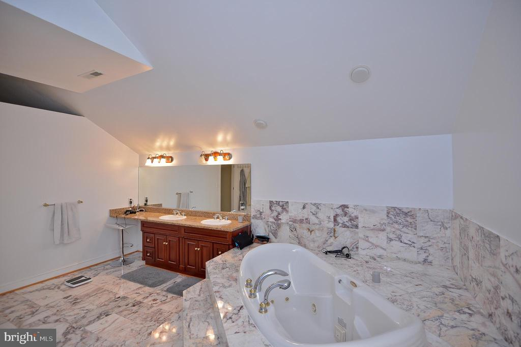 large marble master bath with 2 sinks - 4560 FOREST DR, FAIRFAX