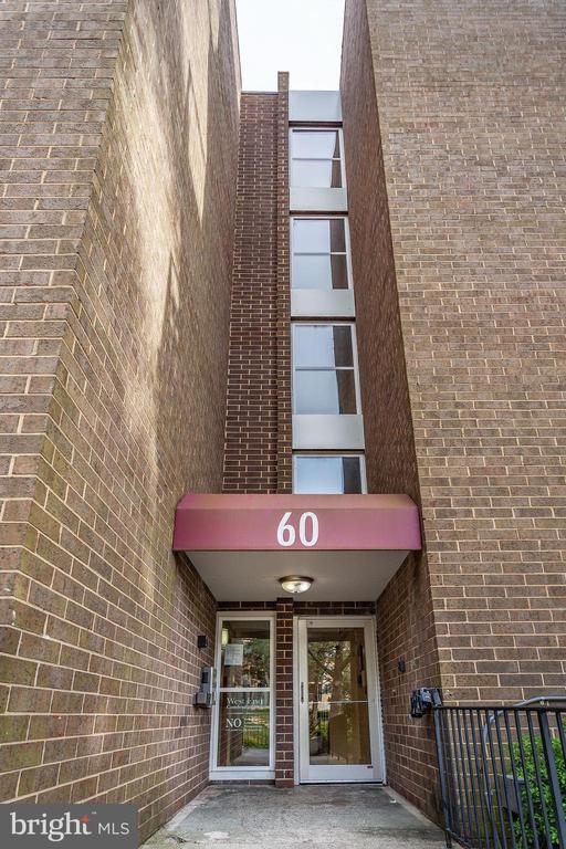 Front Entrance - 60 S VAN DORN ST #514, ALEXANDRIA